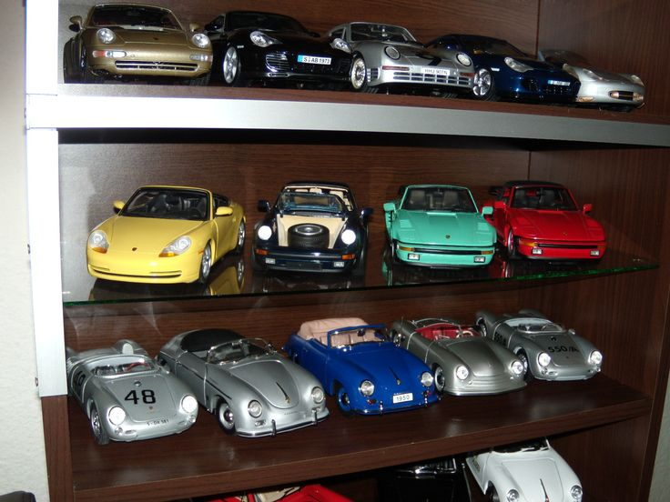 42 models at 1:18 diecast collection