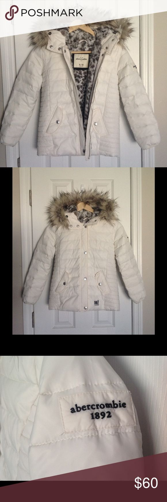 White Abercrombie Girl's Fur-lined Winter Jacket White Abercrombie girl's fur-lined winter jacket in size 9/10. This jacket is super cute! My daughter out-grew it before the season even ended. It has been worn only a handful of times and is in near perfect condition. Will consider all reasonable OFFERS! abercrombie kids Jackets & Coats Puffers