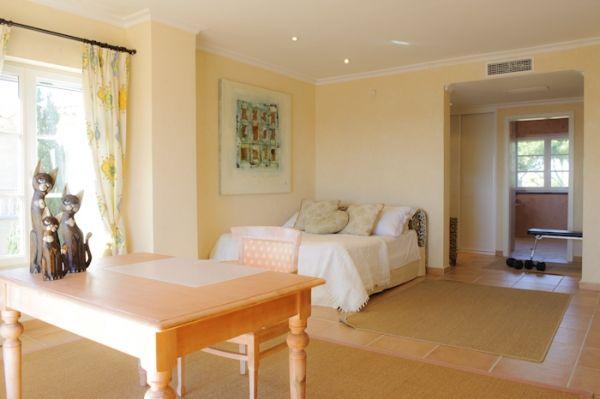 villa-mahe-bedroom