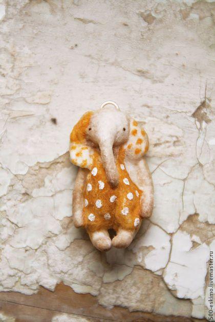 Купить или заказать Слоны!! в интернет-магазине на Ярмарке Мастеров. Слон розовый, слон полосатый, а теперь и одновременно) Кулоны, сережки из…