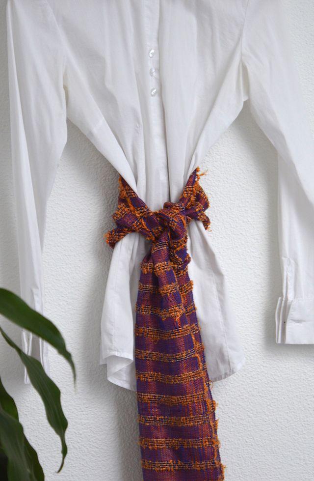 Scarf silk yellow lines #handmade #sedaypunto #indiedesign #hechoamano #diseñoindependiente #currucutu #accesorios #accessories