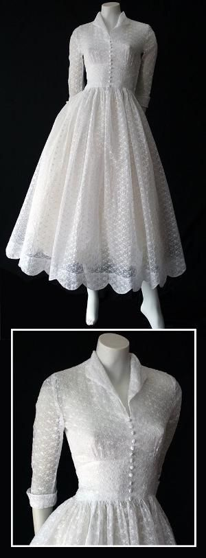 ~Delightful vintage 50s white embroidered organdy wedding dress