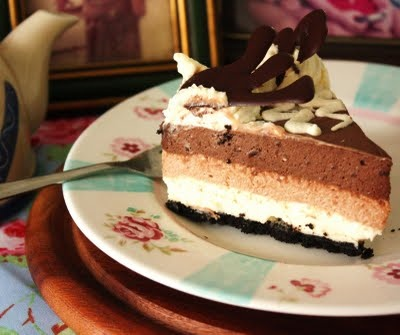 TRIPLE CHOCOLATE LAYER CHEESECAKE | CheeseCake | Pinterest
