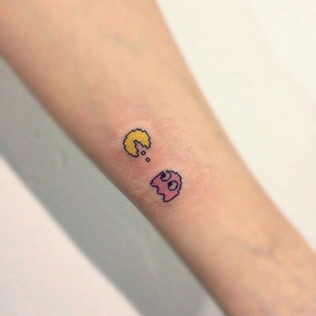 #small #tattoo #cute #pink #팩맨#타투#손목#pacman#game