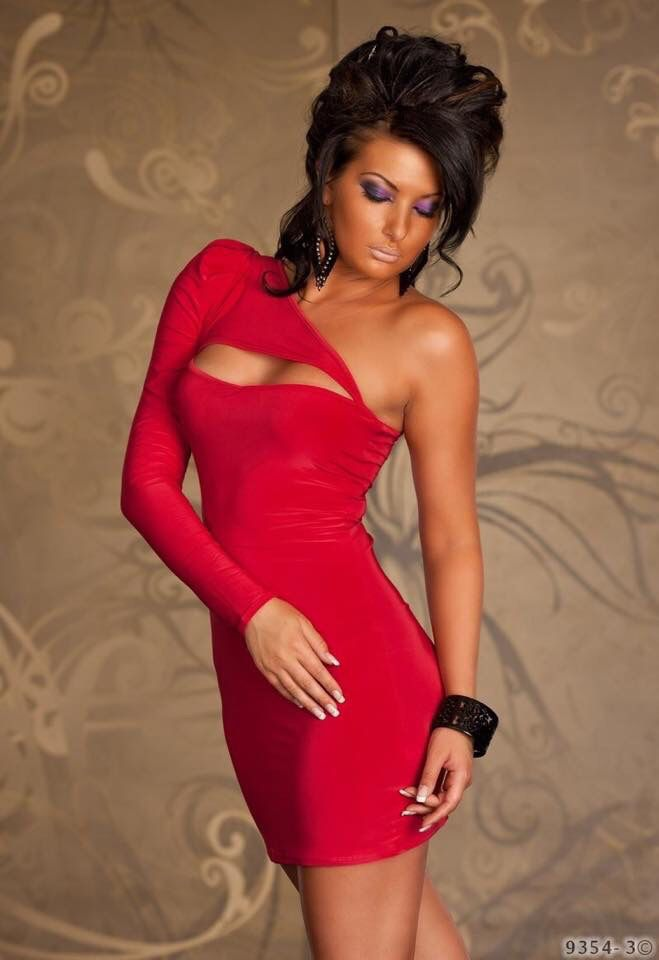 Pin On Hot Girls In Red