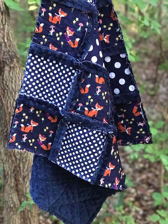 Handmade Baby Quilt Baby Boy Quilt Modern Baby Quilt #babyquilt #babyshower #babyshowergift #foxes #woodlandanimals #minkyquilt #foxnursery