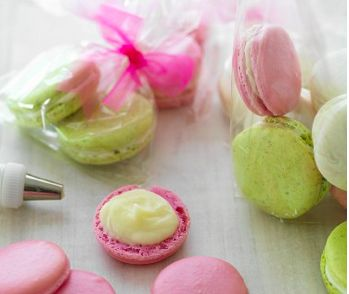 Gekleurde Macarons recept | Smulweb.nl