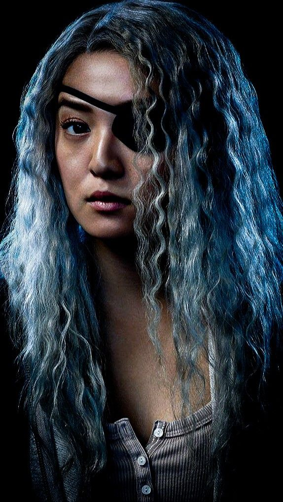 Chelsea Zhang As Rose Wilson Ravager On Titans Filmes Super Herois Super Heroi Titas Zhang, who will play rose wilson/ravager in titans season 2, teases her preparation for the role. chelsea zhang as rose wilson ravager