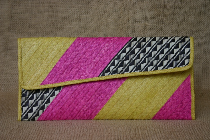 Pao Clutch. Cana Flecha palm. Yellow, fuchsia, black and white. SS 2012  www.Cordobags.com