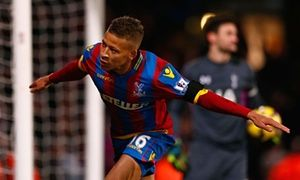 Swansea City offer Crystal Palace 7.5m for striker Dwight Gayle