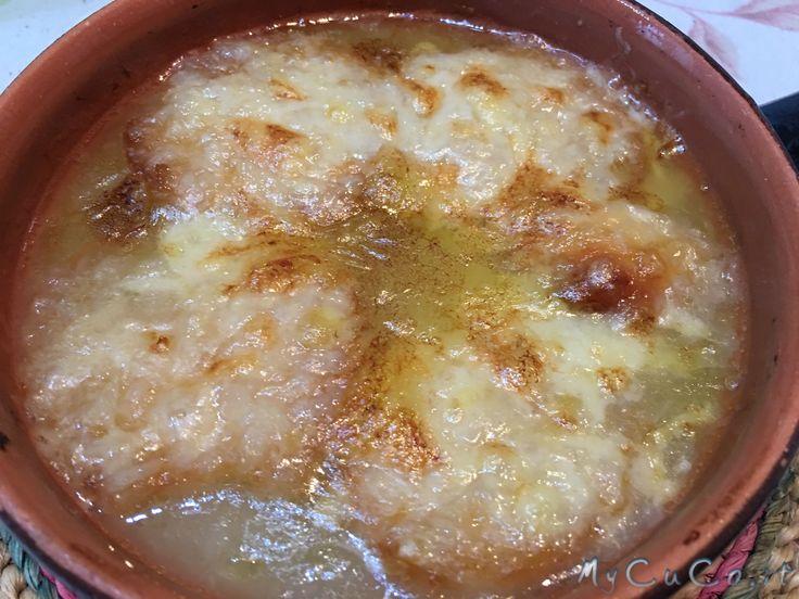Zuppa di cipolle gratinata con Moulinex Cuisine Companion - http://www.mycuco.it/cuisine-companion-moulinex/ricette/zuppa-di-cipolle-gratinata-con-moulinex-cuisine-companion/?utm_source=PN&utm_medium=Pinterest&utm_campaign=SNAP%2Bfrom%2BMy+CuCo