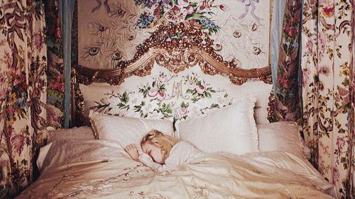 Imagen de bed, marie antoinette, and vintage