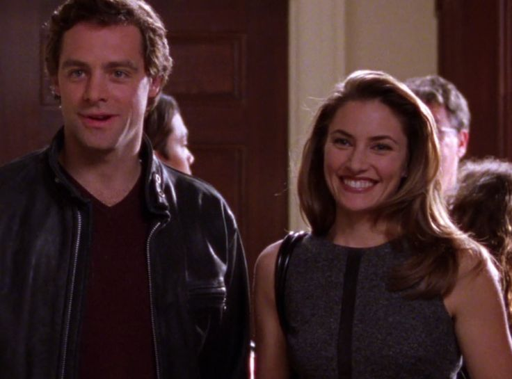 Madchen Amick from Famous Gilmore Girls Guest Stars You Forgot About  Rory's dad, Christopher, credits girlfriend Sherry for his newfound…