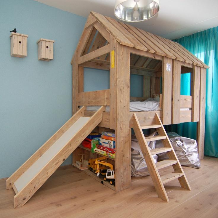 Boomhutbed met glijbaan deco inspiration pinterest loft beds colors and children - Loft bed met opbergruimte ...