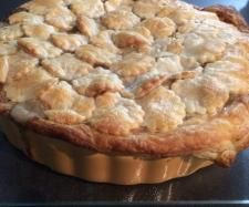 Recipe Chicken and Mushroom Family Pie by Amy Paskins - Recipe of category Main dishes - meat