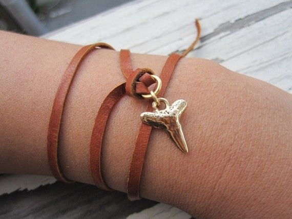 Shark Tooth Bracelet, Wrap Around Bracelet, Wrap Bracelet, Gold Shark Tooth, Brass Shark Tooth, Summer Jewelry, Unisex Bracelet