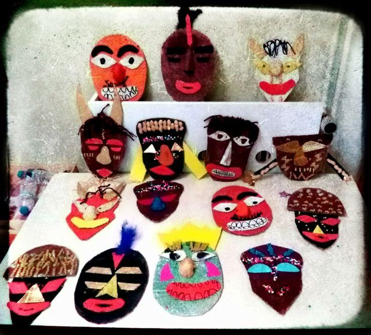 """μάσκες μας και θα γίνουμε ηθοποιοί στο θέατρο Νο.""""能"""""""
