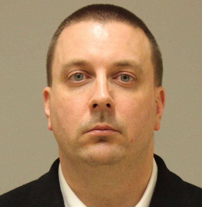 BENTLEY INVESTIGATIONS--Pastor takes Craigslist bait, wanted to meet young girl, police say-Grand Rapids. Nov 2016