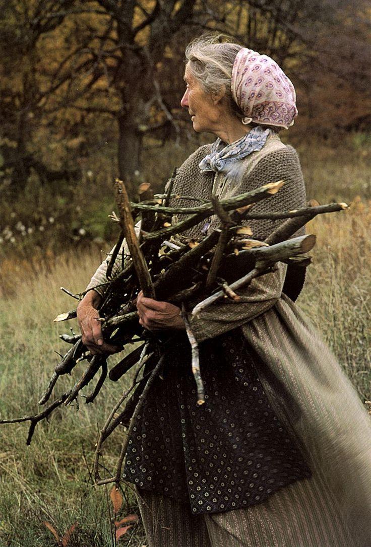 The Woman  Tasha Tudor And Familyduring The Final Decade Of Her Life,