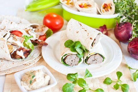 Hledáte recepty na rychlovky, které se hodí třeba i jako super oběd s sebou do práce? Máme pro vás inspiraci z tortilly!