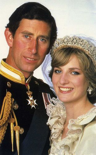 Prince Charles and Princess Diana - Official wedding photo.
