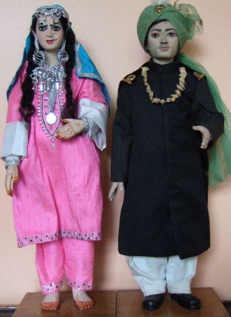 Kashmiri dolls