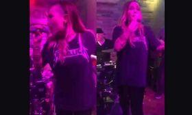 Ροκ βραδιά για την Πηνελόπη Αναστασοπούλου   Η Πηνελόπη Αναστασοπούλου επέστρεψε με το συγκρότημά της με μια βραδιά με ροκ μουσική.  from Ροή http://ift.tt/2lHZ0zs Ροή
