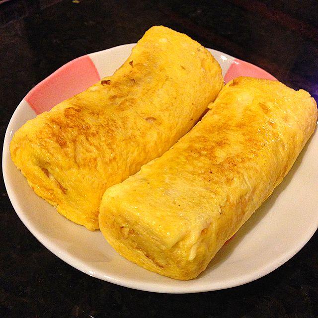 Tamagoyaki Recipe (Japanese Sweet Rolled Omelette) - coasterkitchen - Dayre