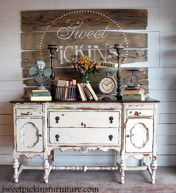 Shabby chic - chippy chest. Fabulous vintage sign. #fixerupper idea