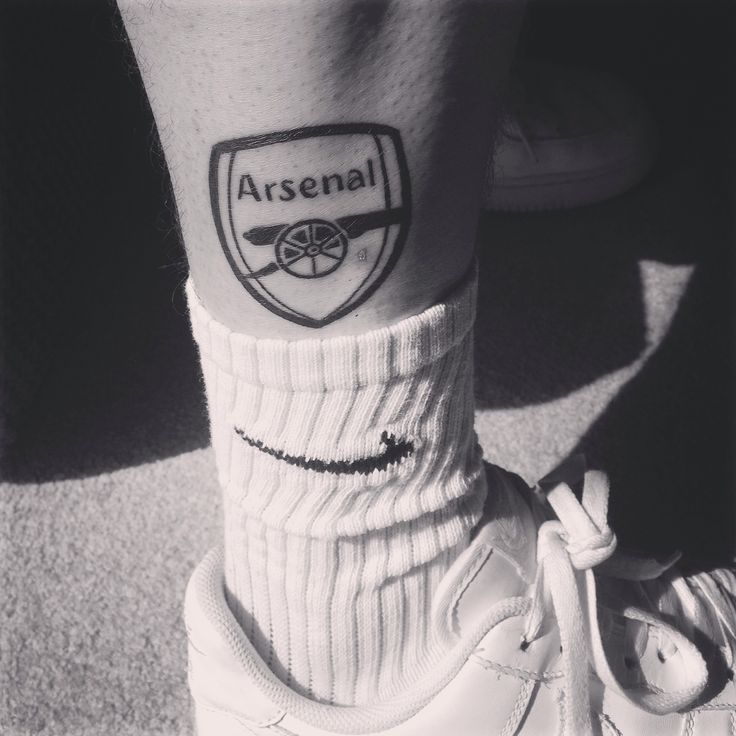 """Till I die"" Arsenal FC tattoo black and white"