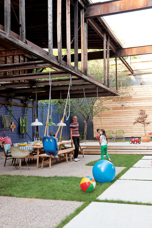 Industrial outdoor living space #kids
