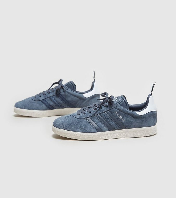 Another nice ladies Gazelle in SlateBlue/Slate Grey suede with a white leather heel panel and a White sole