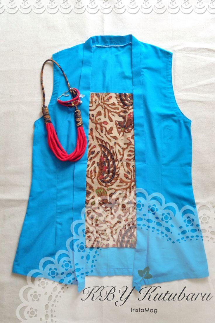Kebaya seri PUTRI from VIS_indonesia hadir santai dgn design tanpa lengan. Berkutu baru batik tulis SOGAN asli YOGYAKARTA.  **For detail (VISadm:081226364618)