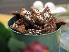 Birgittas godaste chokladsnittar | Recept från Köket.se translates from swedish to english... Bridget tasting chocolate cuts haha
