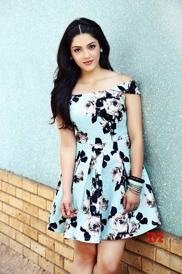 Actress Mehreen Kaur Pirzada Latest Stills - Social News XYZ
