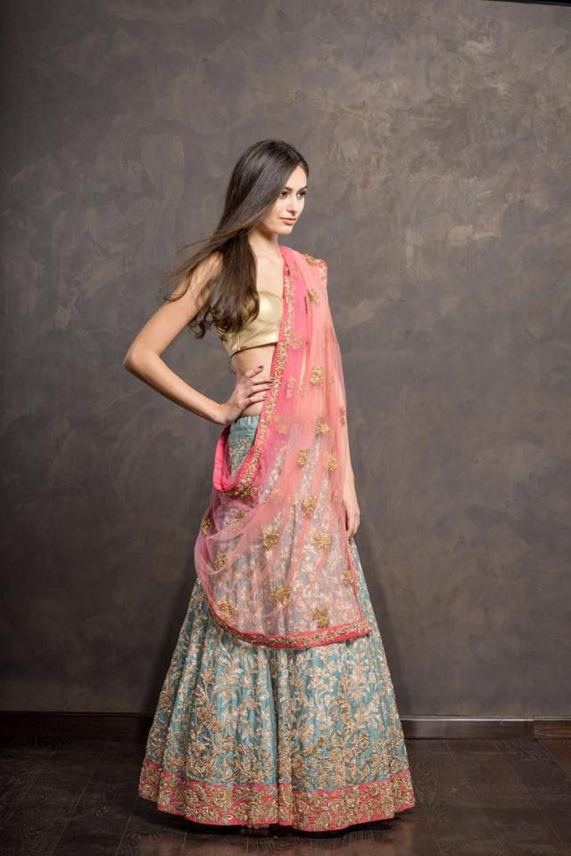 Shyamal & Bhumika Sea Green Embroidered #Lehenga With Gold #Blouse & Pink Dupatta.