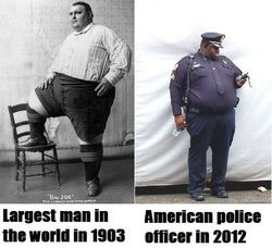 Sad but true.Police Offices, Laugh, Funny Pics, Food Chains, Funny Pictures, Junk Food, Funny Photos, Fast Food, Hilarious Photos