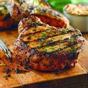 Grilled Pork Chops with Basil-Garlic Rub | Rincón Cocina