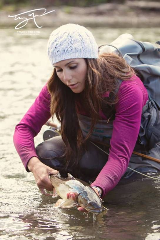 Tracy moore photography with april vokey montana 39 s matt for Fly fishing girls