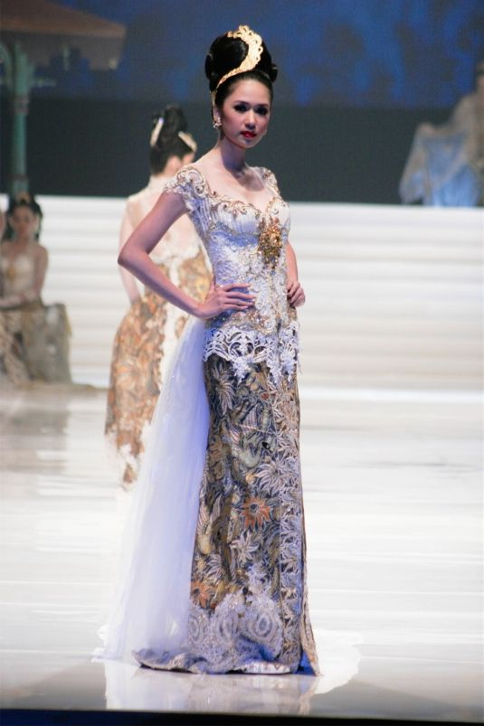Indonesian's wedding kebaya