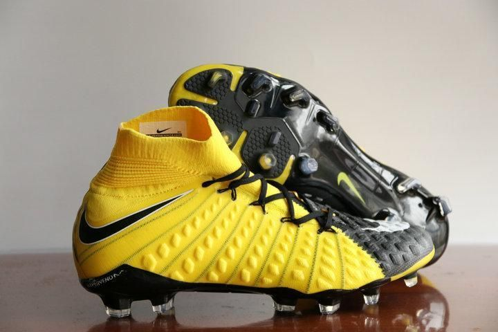 adidas world cup boots bianca