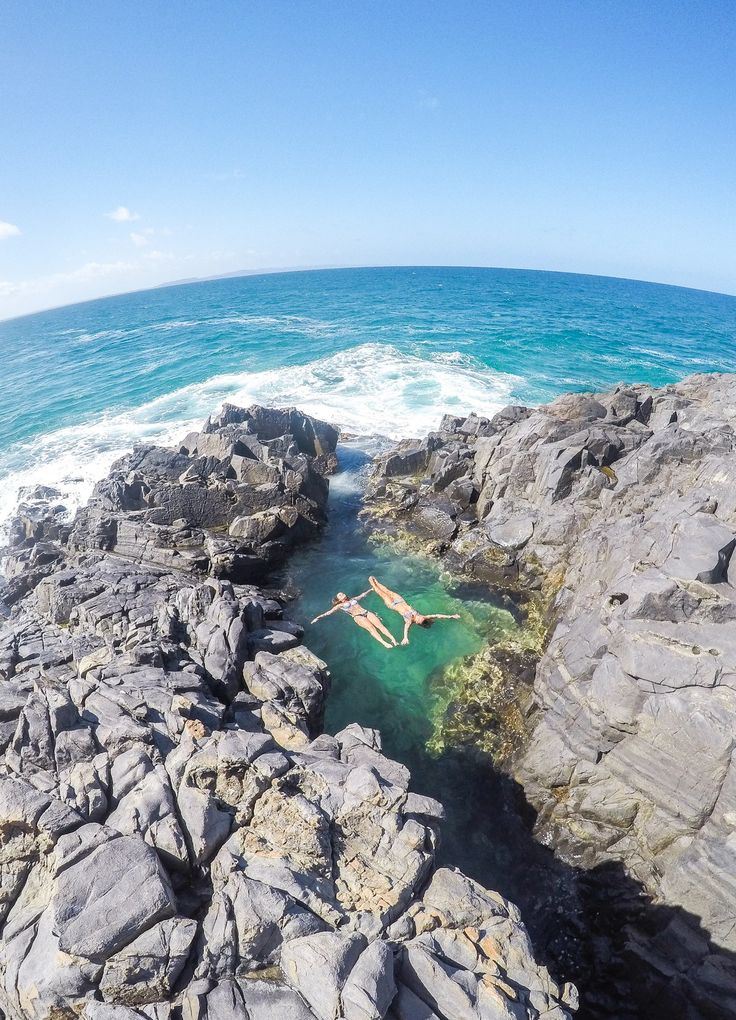 A Guide to the best places to go, the best things to do and the best places to eat in Noosa on the Sunshine Coast, Australia.