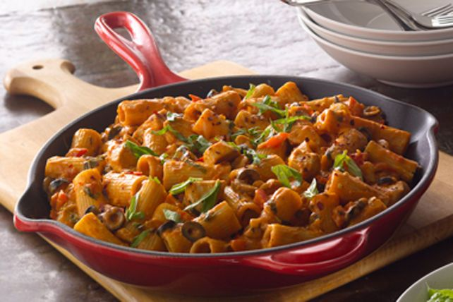 Rigatoni au poulet-------------------Cette recette est inspirée de la région de la Lombardie, en Italie.