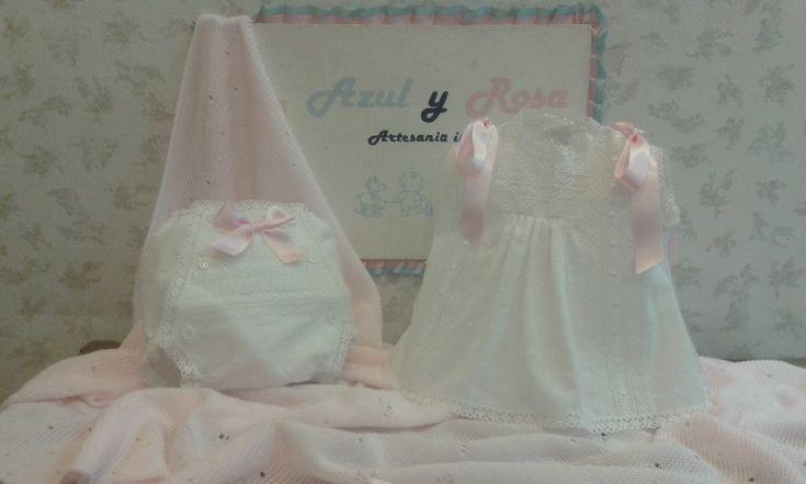 """""""La magia esta en el interior"""" Azul y Rosa ArtesaníaInfantil, línea clásica Tienda infantil en Basauri, confección artesanal de ropa b..."""