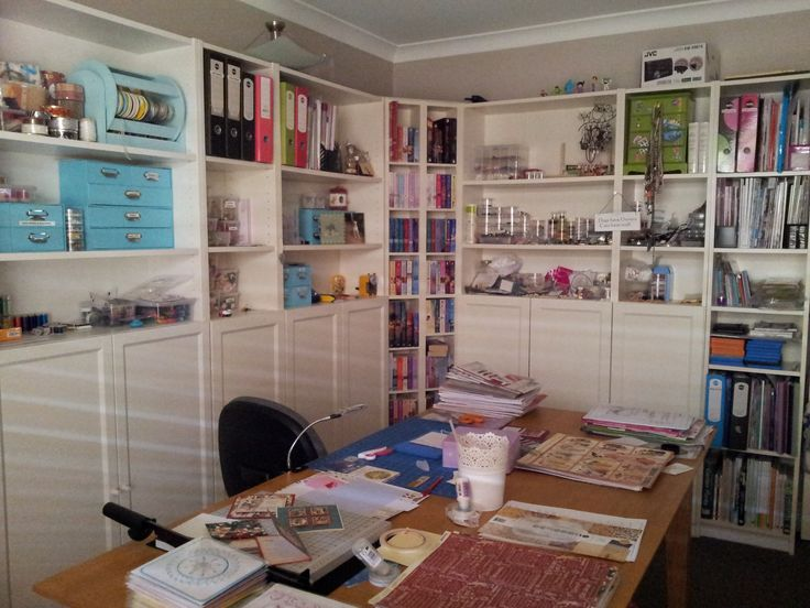 Gordana's craftroom looking a bit neater than usual.