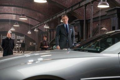 トム・フォード、007最新映画でジェームズ・ボンドの衣装をデザイン