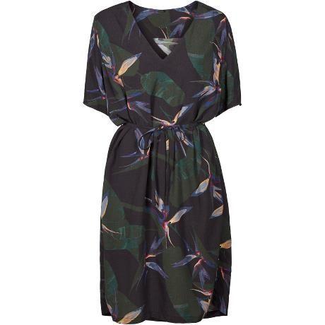Joleen dress. Lovely printed dress for summer.