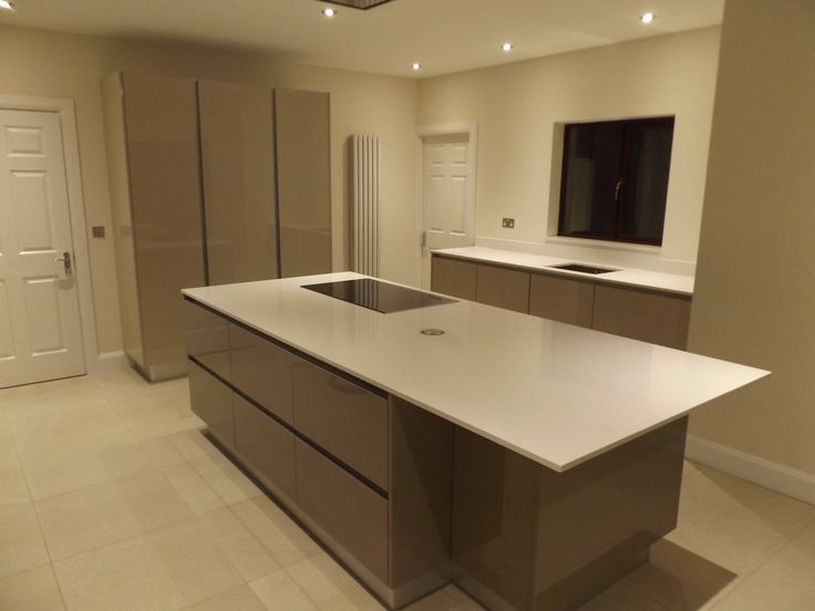 Gola Handleless Kitchen By Newhaven Kitchens, Carlow
