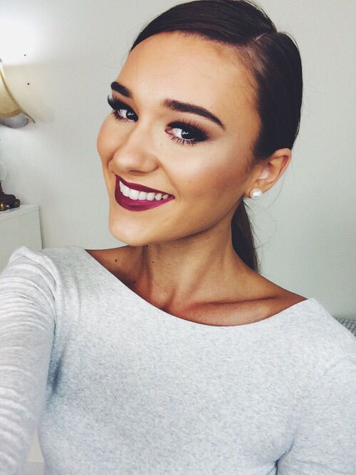 Shani Grimmond- one of my fave beauty vloggers