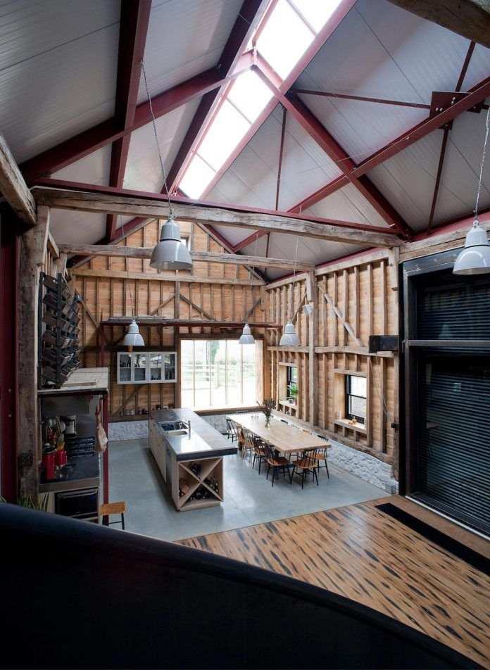 liddicoat-goldhill-design-ancient-party-barn-barn-conversion-contemporary-atmospheric-getaway-relaxing-gathering-23
